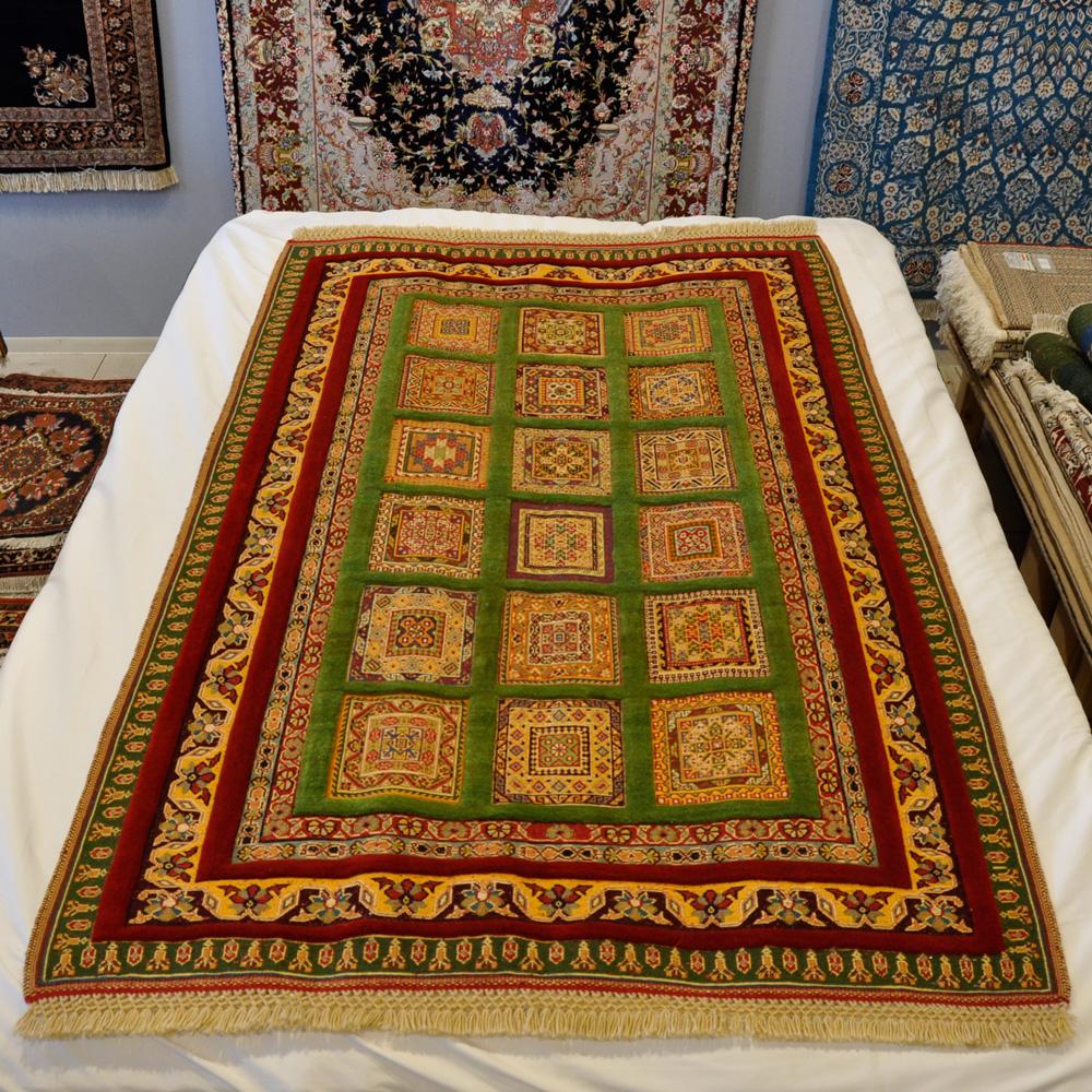 キリム絨毯