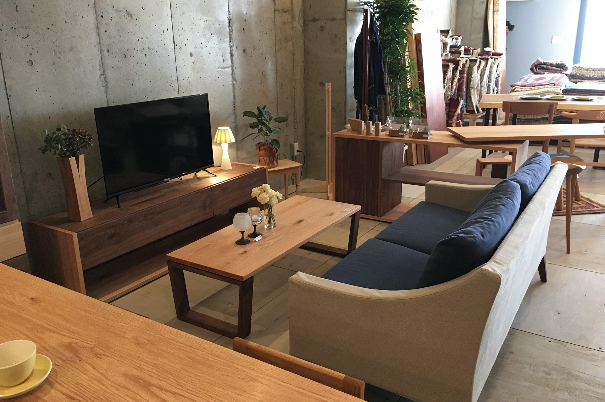 大阪家具屋