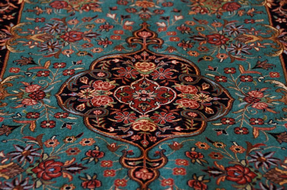 ペルシャ絨毯