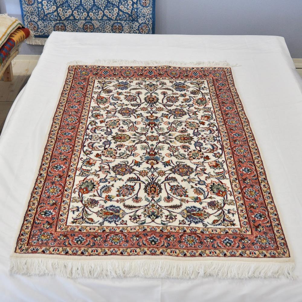 ペルシャ絨毯専門店 奈良
